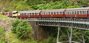 Kuranda Scenic Railway carriage locomotive bridge