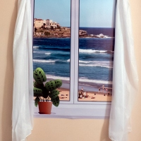 The coveted Bondi Beach view -- if you don't have it, fake it!